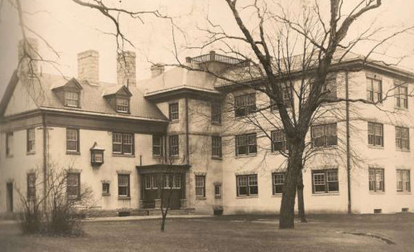 mcneal mansion an abandoned residence in burlington  nj