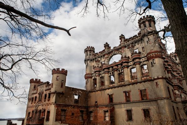 Photo of the abandoned Bannerman's Arsenal in Beacon, NY