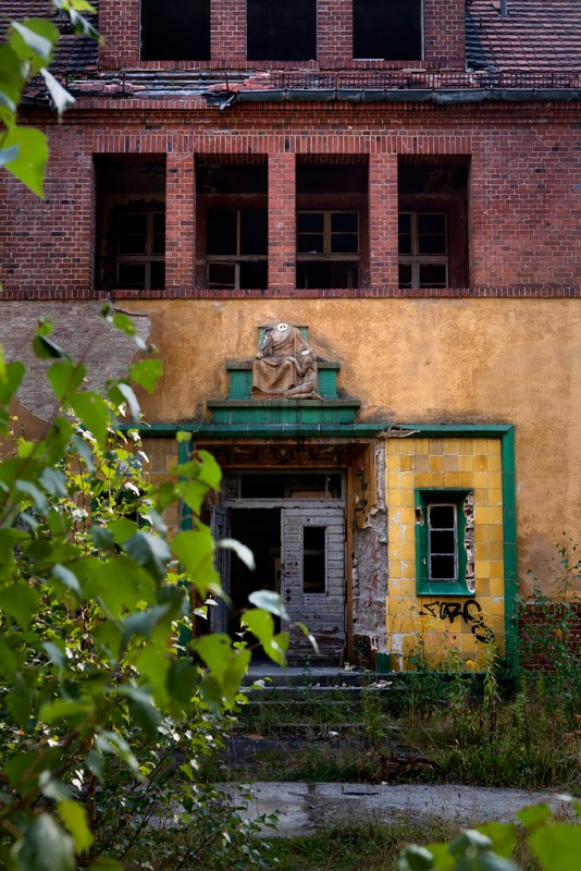 Photo of the abandoned Heilstätten Asklepios an undisclosed place in Germany