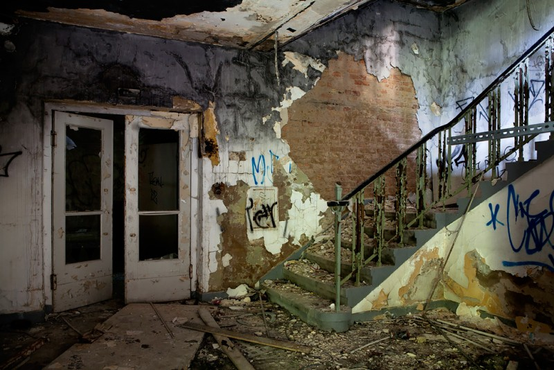 Photo of the abandoned Krankenhaus Staacken in Berlin,  Germany
