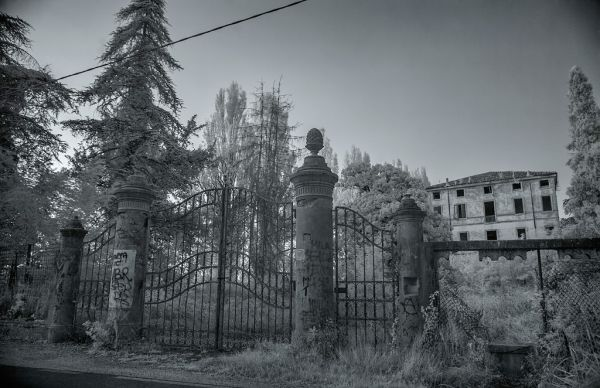 Photo of the abandoned Ospedale Pedagogico di Aguscello in Ferrara,  Italy